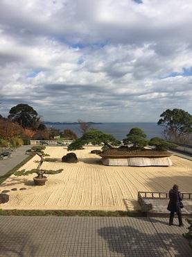 12月7日 日本一の盆栽.jpg